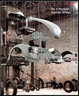 Cover Damián Ortega: Do It Yourself with an image of the artist's sculpture.
